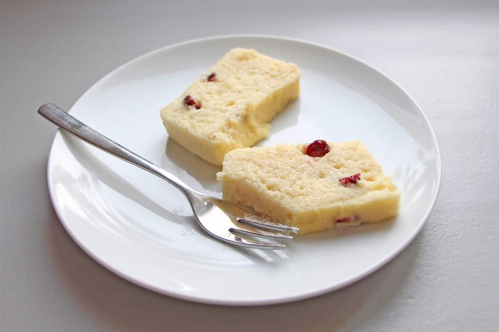 Gateau de semoule cranberries chocolat blanc