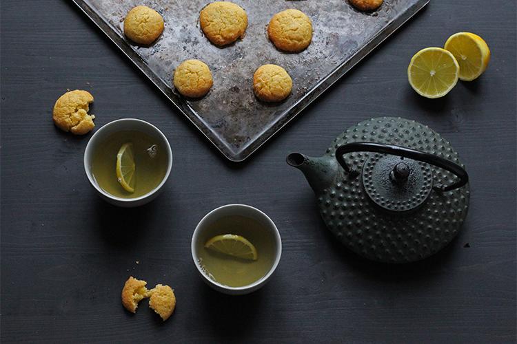 Biscuits croquants à la semoule et au citron