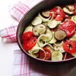 Tian aubergines, courgettes, tomates, oignon cuit